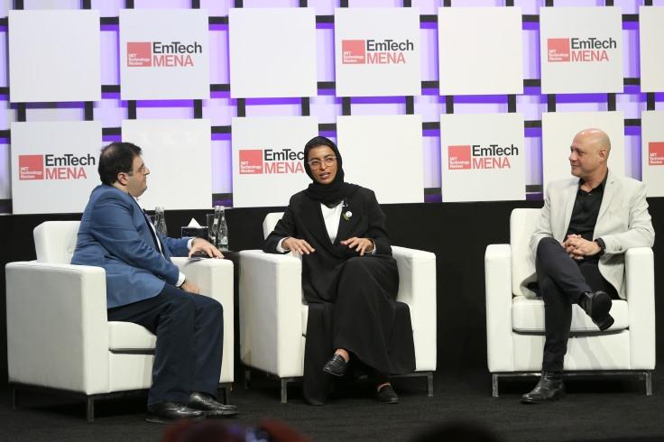 مشاركة معالي نورة الكعبي في مؤتمر إيمتيك مينا للتقنيات الناشئة ضمن أسبوع... (1)