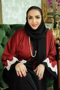 ناديا عبد العزيز
